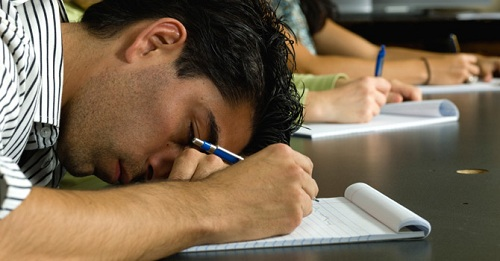 خواب کافی از نظر علمی,خواب کافی چند ساعت است,خواب کافی در شبانه روز