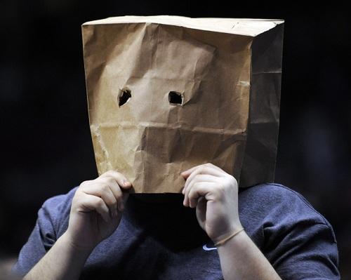 خجالت کشیدن,درمان کمرویی و خجالت,دلایل کمبود اعتماد به نفس