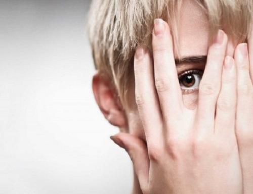 از بین بردن خجالت,اعتماد به نفس,چگونه خجالت نکشیم
