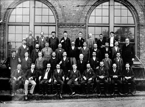Thomas Edison inventor 1 - توماس ادیسون
