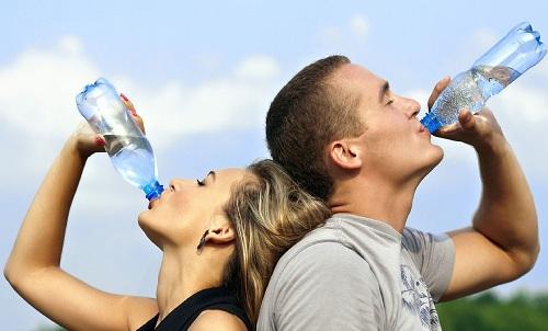 [تصویر:  health-dangers-water-fasting.jpg]