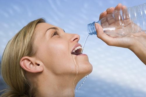 [تصویر:  lose-weight-fast-drinking-water.jpg]