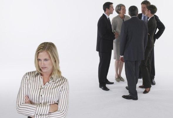 ارتباط چشمی موثر,ارتباط موثر,چگونه ادم خجالتی نباشم
