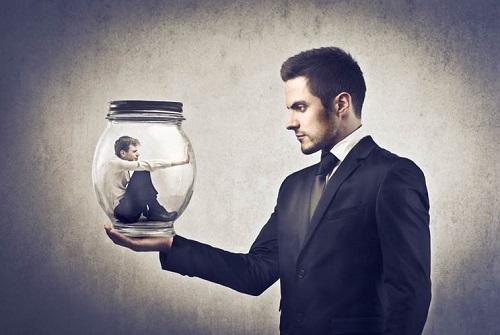 10 گام بسوی خودباوری,اعتماد به نفس,اعتماد به نفس چیست؟
