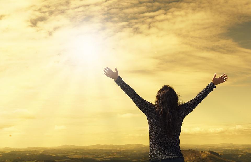 تاثیر شکرگزاری بر جذب ثروت,رسیدن به ثروت و دارایی در زندگی,روز شکرگزاری