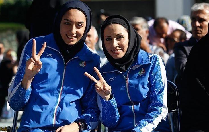 کیمیا علیزاده و مربی