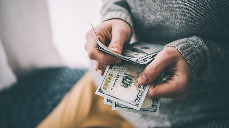 از پول نقد استفاده نکنید
