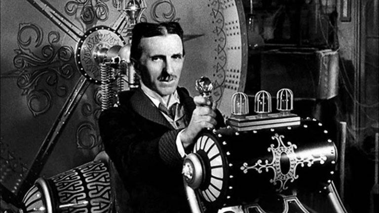 اختراعات نیکولا تسلا,بیوگرافی کامل نیکولا تسلا,زندگی نامه ی نیکولا تسلا