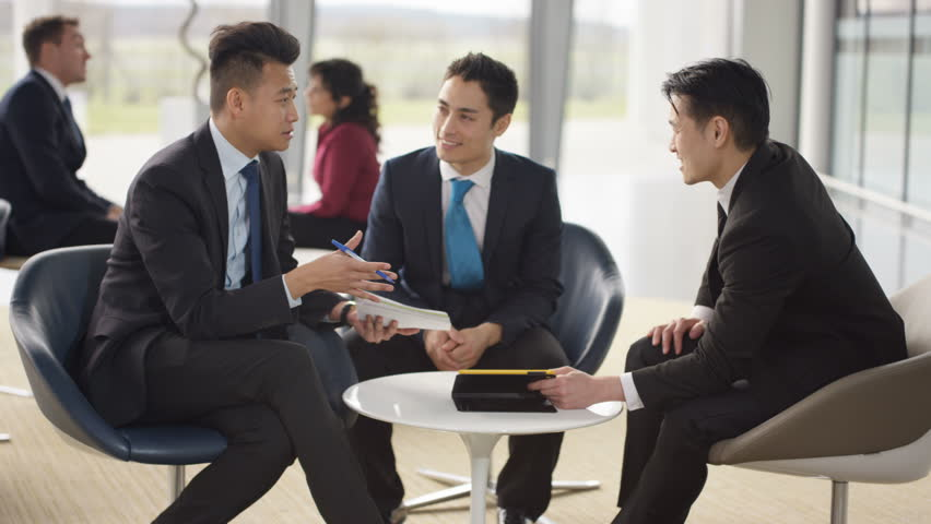 چطور دیگران را متقاعد کنیم,چگونه با حرف زدن دیگران را متقاعد کنیم,چگونه دیگران را متقاعد کنیم