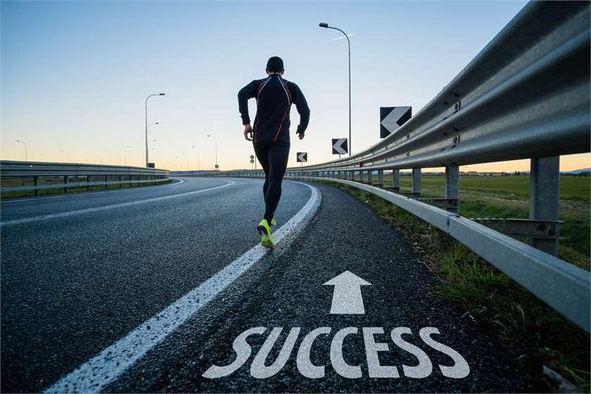 چگونه کارآفرین موفق باشیم,رشد و موفقیت در کسب و کار,کارآفرین موفق