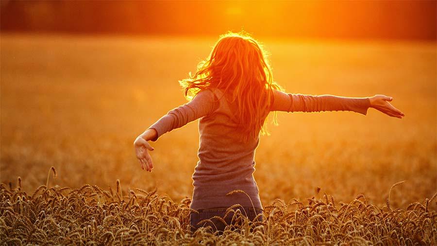 احساس خوشبختی نمیکنم,چرا احساس خوشبختی نمیکنم,چرا من احساس خوشبختی نمیکنم