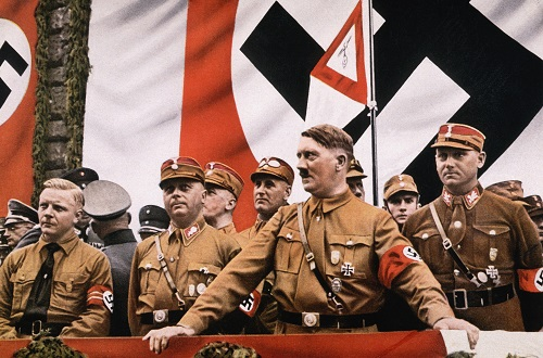 زندگینامه هیتلر,کتاب معروف هیتلر,مرگ آدولف هیتلر