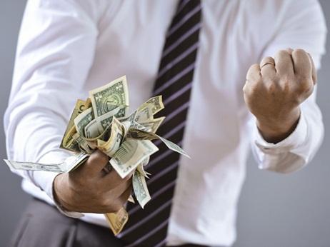 افراد ثروتمند,چگونه با مشکلات مالی کنار بیاییم,مشکلات مالی