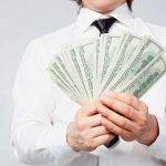 5 راز ساده در مورد قانون فراوانی که می تواند شما را ثروتمند کند